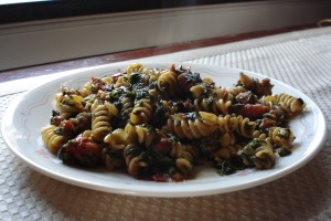 Pasta with Spinach and Tomato